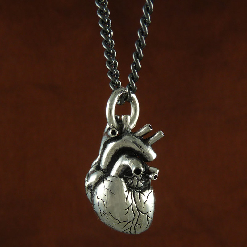 anatomical heart necklace stuff you should have